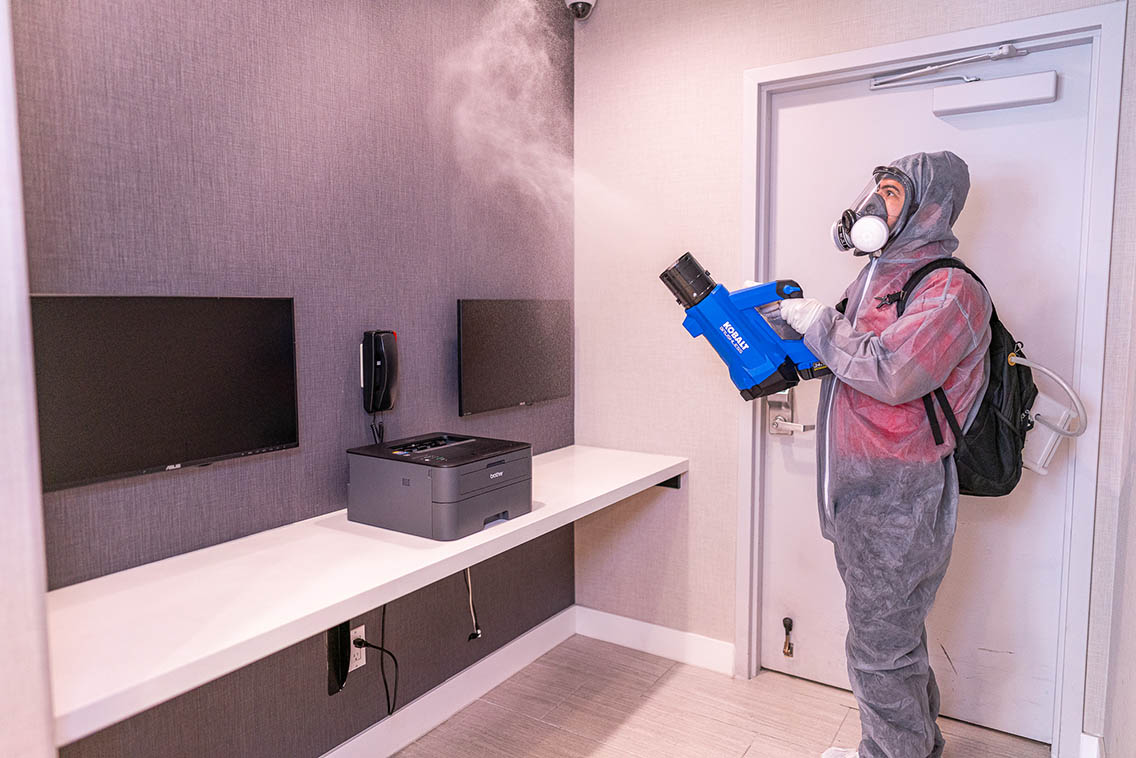 Cleaning And Disinfecting Hotel Business Center Computer For Covid-19 Cdc - Best Hollywood Hotel Stay Book Holiday Inn Express Hollywood Walk Of Fame Hotel