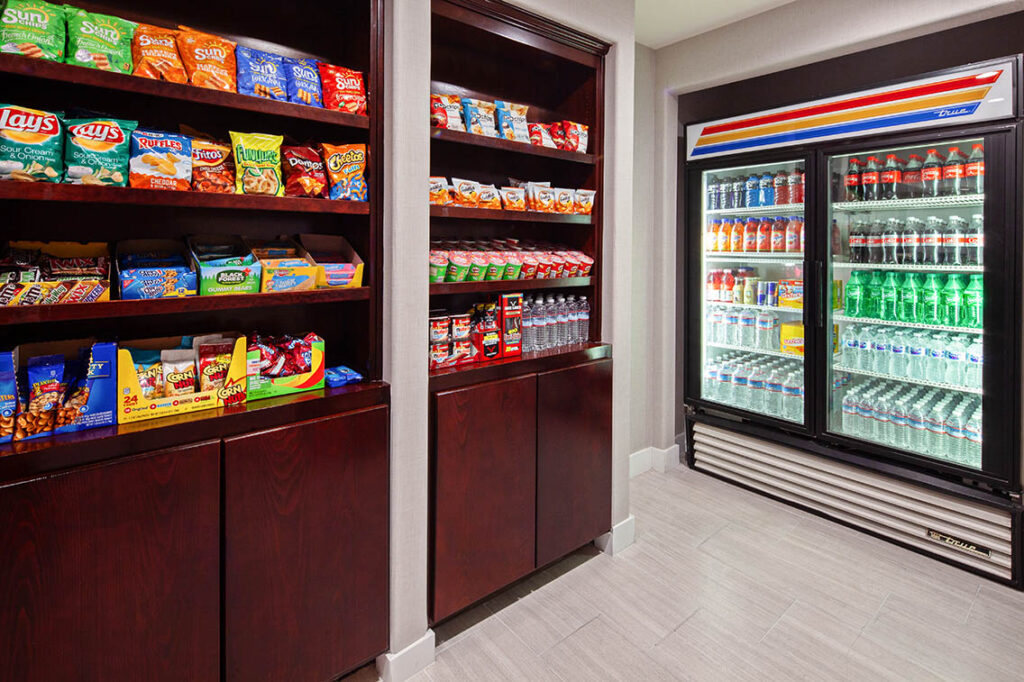 Snack Shop Amenities - Best Hollywood Hotel Stay Book Holiday Inn Express Hollywood Walk Of Fame Hotel